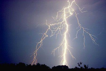 Lightning Streaks
