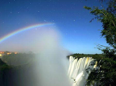 10869581_294782530731629_3192978169236936536_o.jpg  creating a rainbow