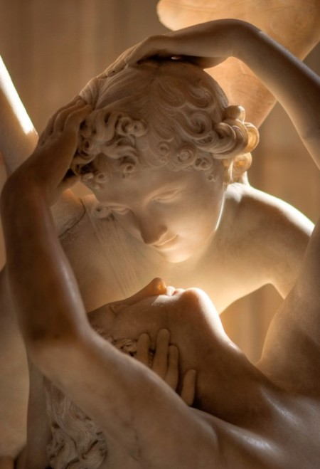 cupid_and_psyche_louvre